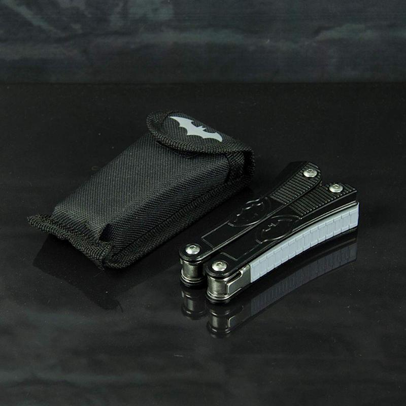 Pocket Multi-Tool (Photo: DC Store)