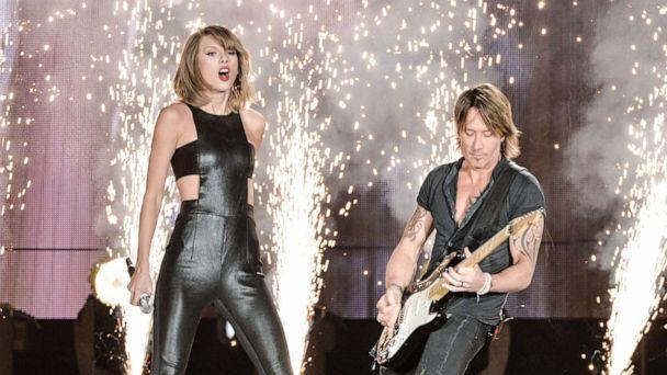 PHOTO: Singer/songwriters Taylor Swift and Keith Urban perform onstage during The 1989 World Tour live in Toronto at Rogers Center on Oct. 2, 2015 in Toronto. (George Pimentel/LP5/Getty Images, FILE)