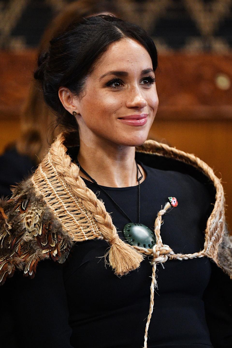 ROTORUA, NEW ZEALAND - OCTOBER 31: Meghan, Duchess of Sussex visits Te Papaiouru Marae on October 31, 2018 in Rotorua, New Zealand. The Duke and Duchess of Sussex are on their official 16-day Autumn tour visiting cities in Australia, Fiji, Tonga and New Zealand. (Photo by Tim Rooke - Pool/Getty Images)