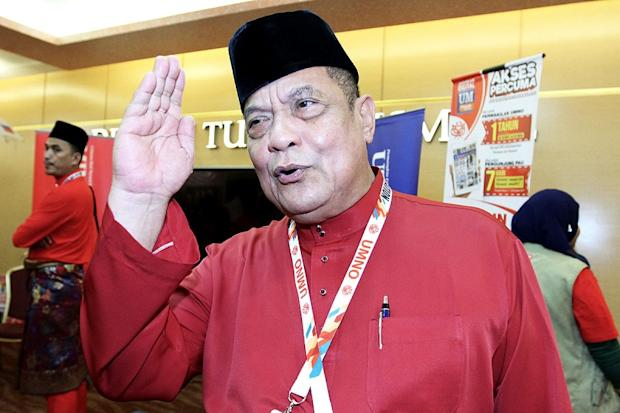 Gerik Umno division chief Datuk Hasbullah Osman stressed that the party ready to take on Dr Mahathir and the Opposition with full force in the next general election.