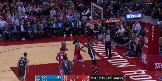 Kevin Durant with a quick spin move and a dunk.