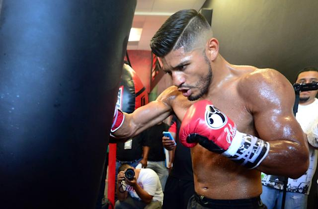 Former Olympian and pro world champion Abner Mares is speaking out against President Trump's immigration policy that separates children from parents at the border. (Getty Images)