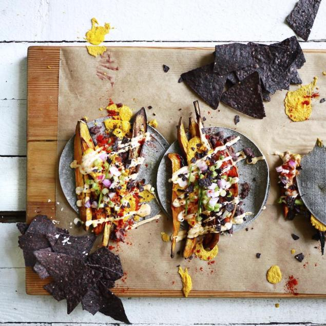 """<p><a href=""""http://www.istodiefor.ca"""">Erin Ireland</a> is a Vancouver-based food and restaurant reporter. You can find all of her food reviews on her site itstodiefor.<a href=""""http://itstodiefor.ca"""">ca. Erin's mai</a>n goal for her Instagram is to """"showcase responsibly-produced food and well-meaning local businesses."""" If you're looking for great recommendations while in Canada, she'll steer you in the right direction. Follow <a href=""""http://www.instagram.com/erinireland"""">@erinireland</a></p>"""