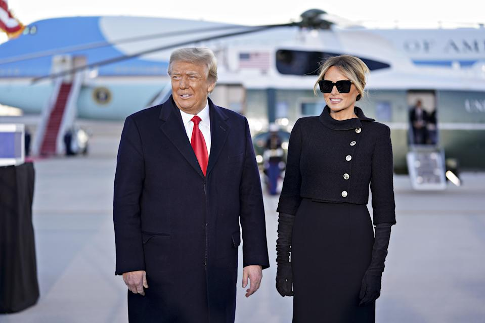 """<h1 class=""""title"""">President Trump Holds Departure Ceremony Before Florida Travel</h1><cite class=""""credit"""">Bloomberg/Getty Images</cite>"""