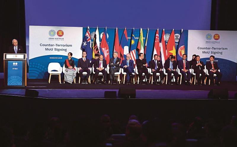 Australian, ASEAN leaders sign counter-terrorism agreement