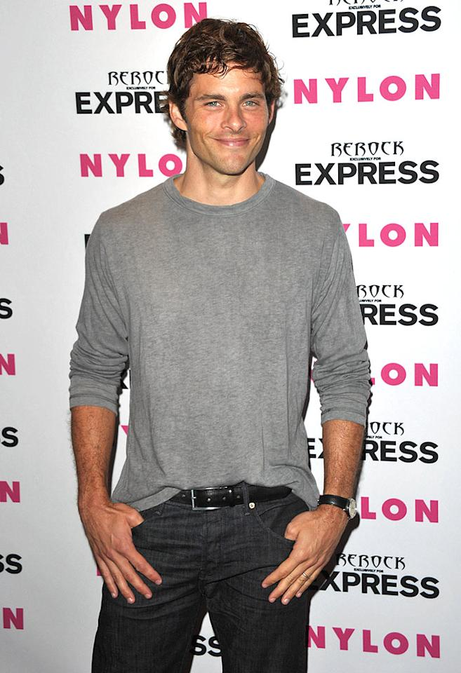 """""""X-Men"""" hottie James Marsden proved that the simplest things in life -- such as a soft gray sweater and perfectly fitted jeans -- are often the best. Yum. John Shearer/<a href=""""http://www.wireimage.com"""" target=""""new"""">WireImage.com</a> - August 10, 2010"""