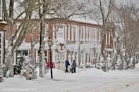 """<p><a href=""""https://go.redirectingat.com?id=74968X1596630&url=https%3A%2F%2Fwww.tripadvisor.com%2FTourism-g29527-Nantucket_Massachusetts-Vacations.html&sref=https%3A%2F%2Fwww.countryliving.com%2Flife%2Ftravel%2Fg2829%2Fbest-christmas-towns-in-usa%2F"""" rel=""""nofollow noopener"""" target=""""_blank"""" data-ylk=""""slk:Nantucket"""" class=""""link rapid-noclick-resp"""">Nantucket</a>'s typically thought of as a summer destination, but that's precisely why it made our list—you'll find it all the more peaceful during its off-season. The annual <a href=""""http://christmasstroll.com/"""" rel=""""nofollow noopener"""" target=""""_blank"""" data-ylk=""""slk:Christmas Stroll"""" class=""""link rapid-noclick-resp"""">Christmas Stroll</a>, which takes place in the first week of December, is an excellent way to get a little local shopping done while sipping mulled cider.</p><p><a class=""""link rapid-noclick-resp"""" href=""""https://go.redirectingat.com?id=74968X1596630&url=https%3A%2F%2Fwww.tripadvisor.com%2FTourism-g29527-Nantucket_Massachusetts-Vacations.html&sref=https%3A%2F%2Fwww.countryliving.com%2Flife%2Ftravel%2Fg2829%2Fbest-christmas-towns-in-usa%2F"""" rel=""""nofollow noopener"""" target=""""_blank"""" data-ylk=""""slk:PLAN YOUR TRIP"""">PLAN YOUR TRIP</a></p>"""
