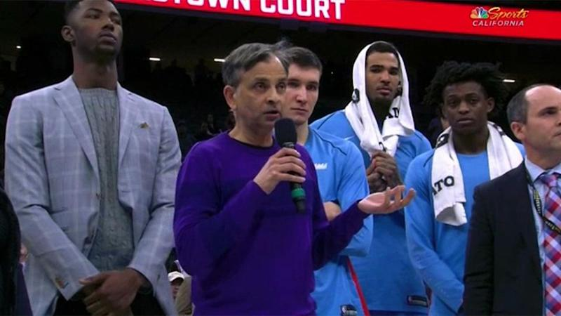 Ranadive addresses the crowd. Pic: Kings