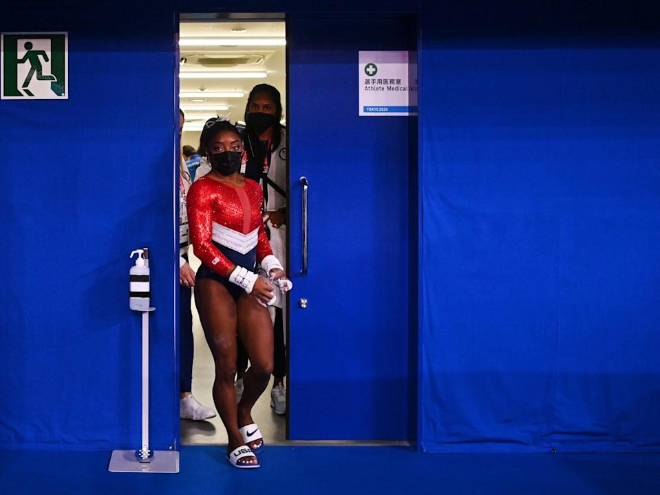 Simone Biles returns to the gym at the Tokyo Olympics.