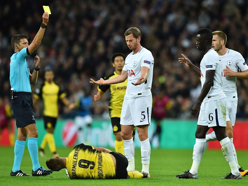 Jan Vertonghen is yellow carded by referee Rocchi: Getty 2017