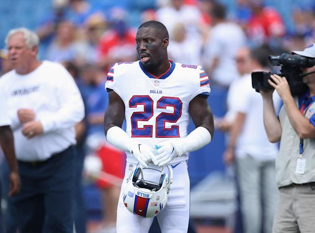 Vontae Davis lasted 1.5 games with the Bills before calling it quits. In the offseason, he signed a one-year deal valued at $5 million with Buffalo. (Getty Images)