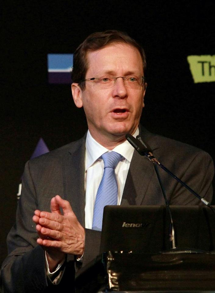Isaac Herzog's Zionist Union list is on track to take 24 seats to Likud's 21, according to a poll (AFP Photo/Gil Cohen Magen)