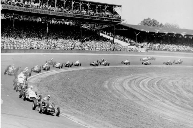 """1953-1954. Solo Indy 500 <span class=""""copyright"""">IndyCar Series</span>"""