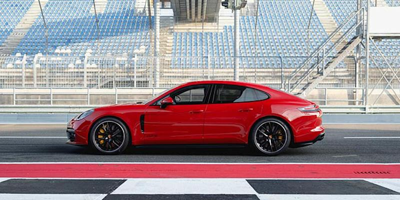 Porsche expands Panamera V8 line-up with GTS flavour