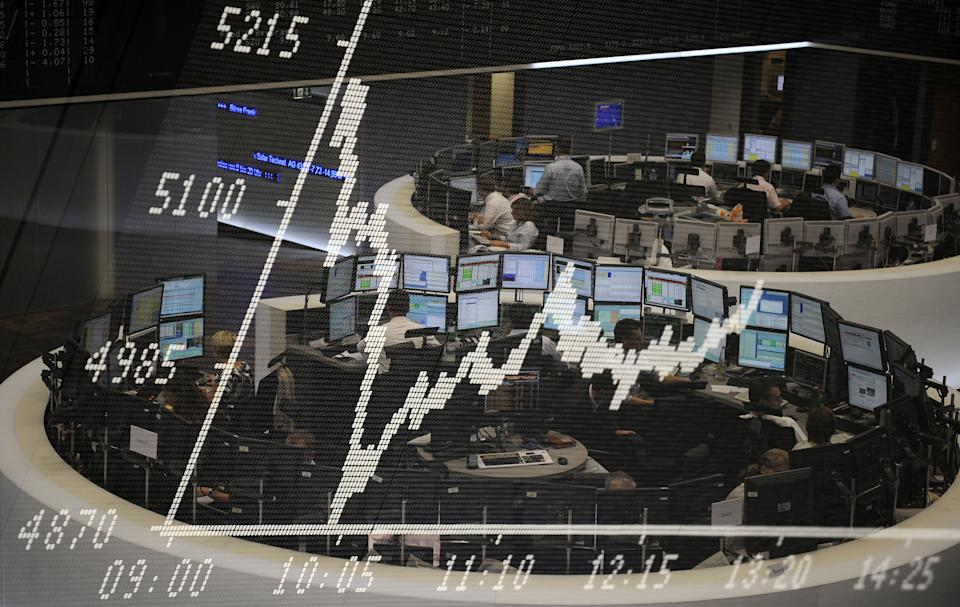 A Deutsche Bank survey found that the biggest risk to the current relative market stability was new variants of COVID-19 that bypass vaccines. Above, traders at Frankfurt's stock exchange, Germany. Photo: Rafael Henrique/SOPA/LightRocket via Getty/Kai Pfaffenbach