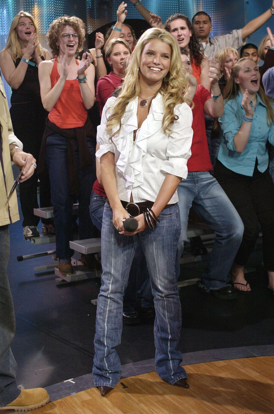 <p>A frumpy pirate shirt and a pair of ill-fitting low-rise jeans—looks like 2001 to me!</p>