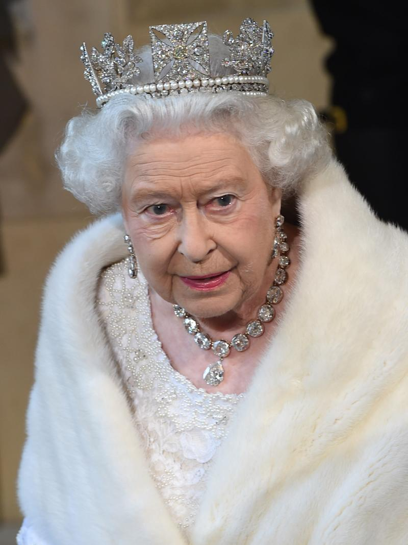 LONDON, ENGLAND - MAY 27: Queen Elizabeth II attends the State Opening of Parliament in the House of Lords, at the Palace of Westminster on May 27, 2015 in London, England. (Photo by Eddie Mulholland/WPA Pool/Getty Images)