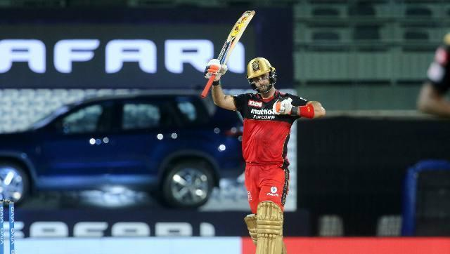 SRH won the toss and asked RCB to bat first. They lost Devdutt Padikkal and Shahbaz Ahmed within the first seven overs but Glenn Maxwell (59) played a valiant knock to take Bangalore to 149-8. Sportzpics