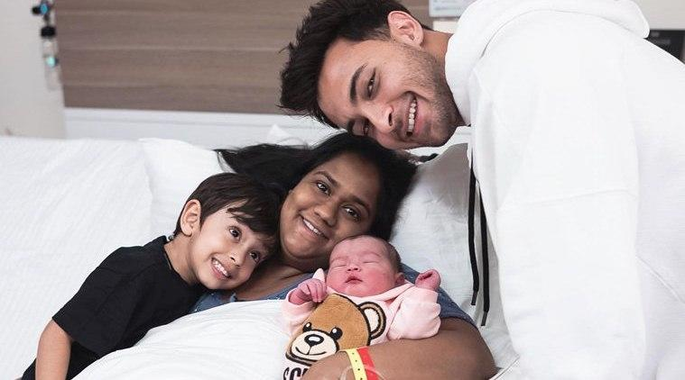 aayush sharma and arpita khan daughter Ayat sharma first photo
