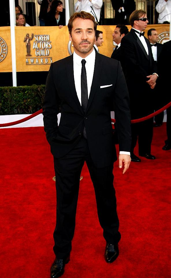 """<a href=""""/jeremy-piven/contributor/31785"""">Jeremy Piven</a> arrives at the <a href=""""/the-15th-annual-screen-actors-guild-awards/show/44244"""">15th Annual Screen Actors Guild Awards</a> held at the Shrine Auditorium on January 25, 2009 in Los Angeles, California."""