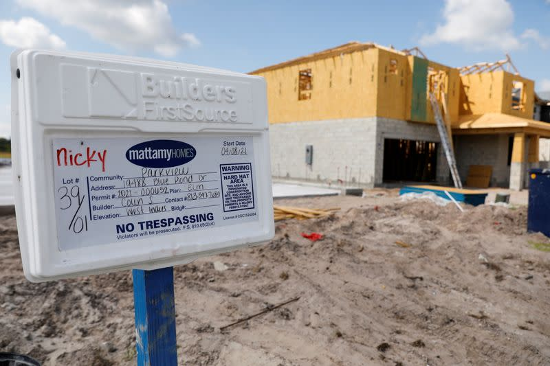 FILE PHOTO: Housing boom comes to Florida