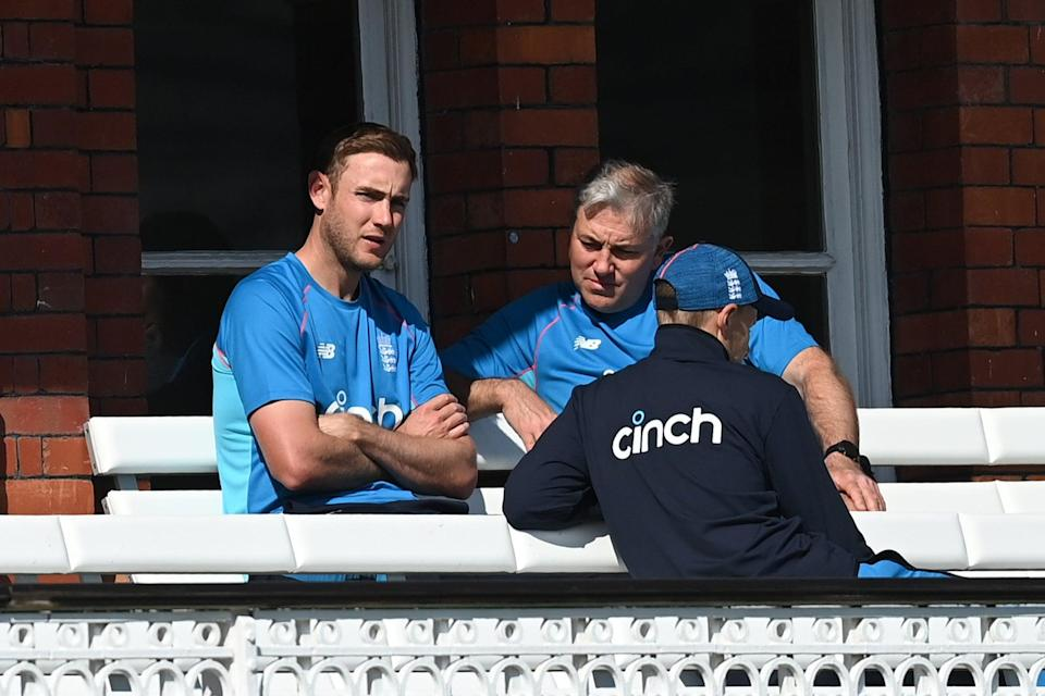 <p>Stuart Broad chats to England's captain Joe Root and coach Chris Silverwood at Lord's</p> (Gareth Copley/Getty Images)