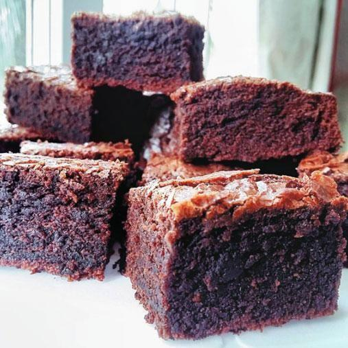 You can use any kind of red for these delicious brownies. Photo: Instagram/aishwarya_mahesh