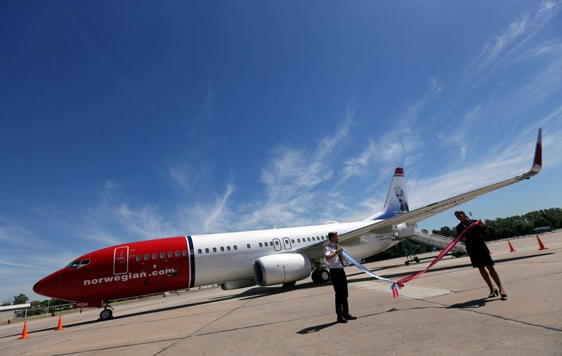 A Norwegian Air Boeing 737-800 is seen during the presentation of Norwegian Air first low cost transatlantic flight service from Argentina at Ezeiza airport in Buenos Aires