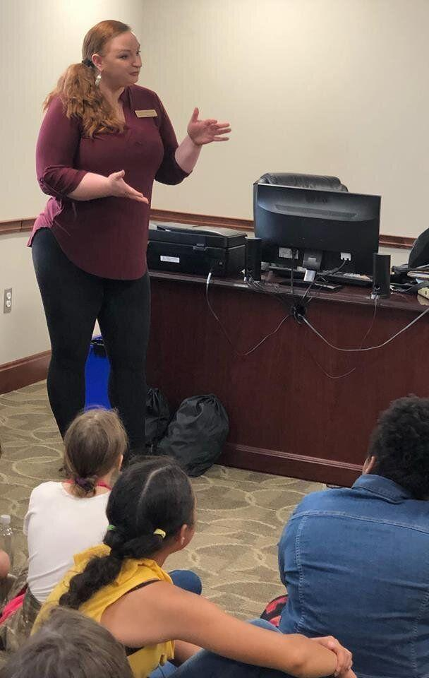 Emily LaDouceur, city councilwoman for Berea, Kentucky, was shamed for wearing leggings to teach elementary school children about government. (Photo: Facebook/City of Berea, KY Government)