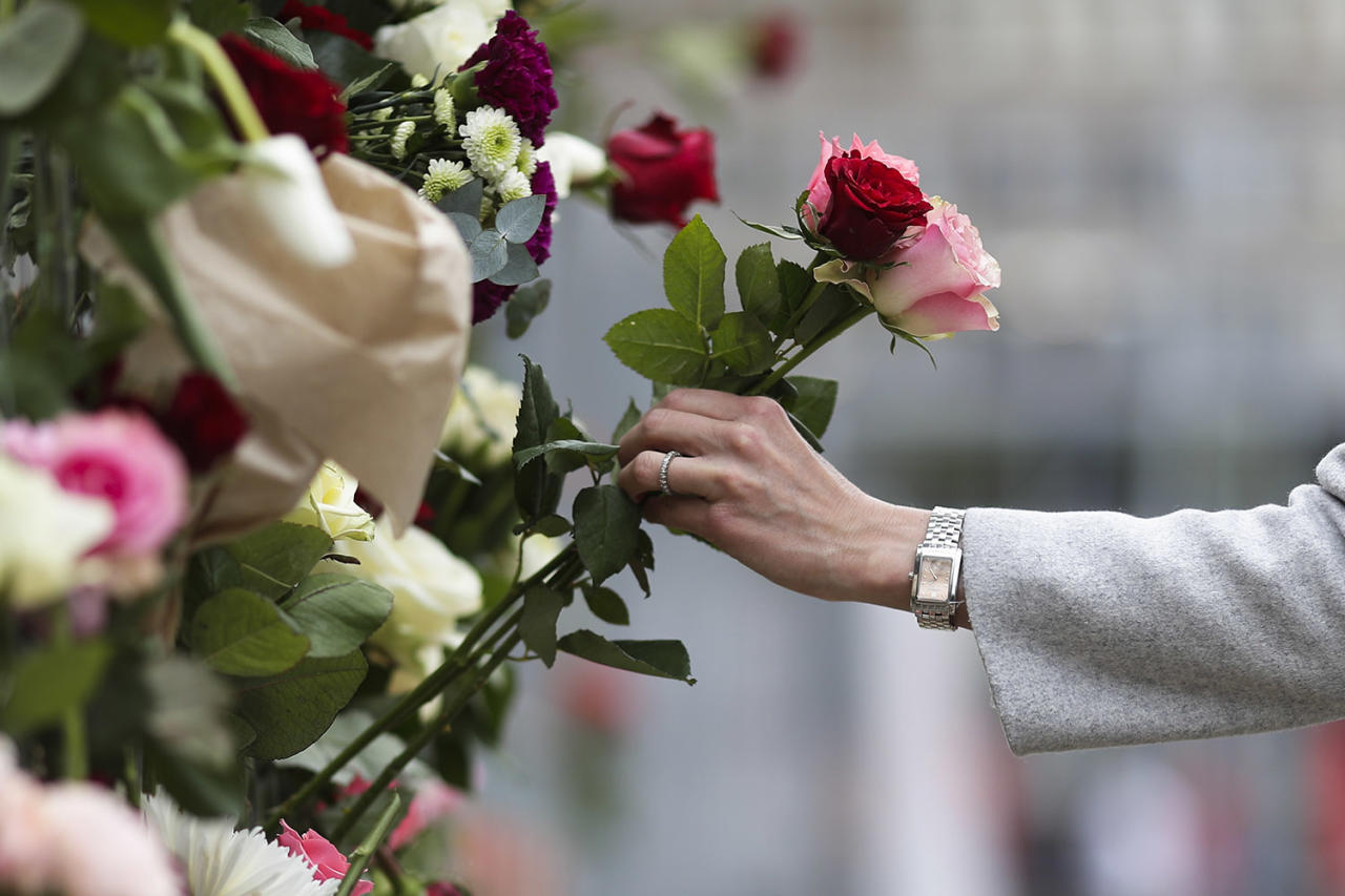 "<p>A woman places flowers on a fence following a suspected terror attack in central Stockholm, Sweden, April 8, 2017. Swedish prosecutor Hans Ihrman said a person has been formally identified as a suspect ""of terrorist offences by murder"" after a hijacked truck was driven into a crowd of pedestrians and crashed into a department store on Friday. (Photo: Markus Schreiber/AP) </p>"