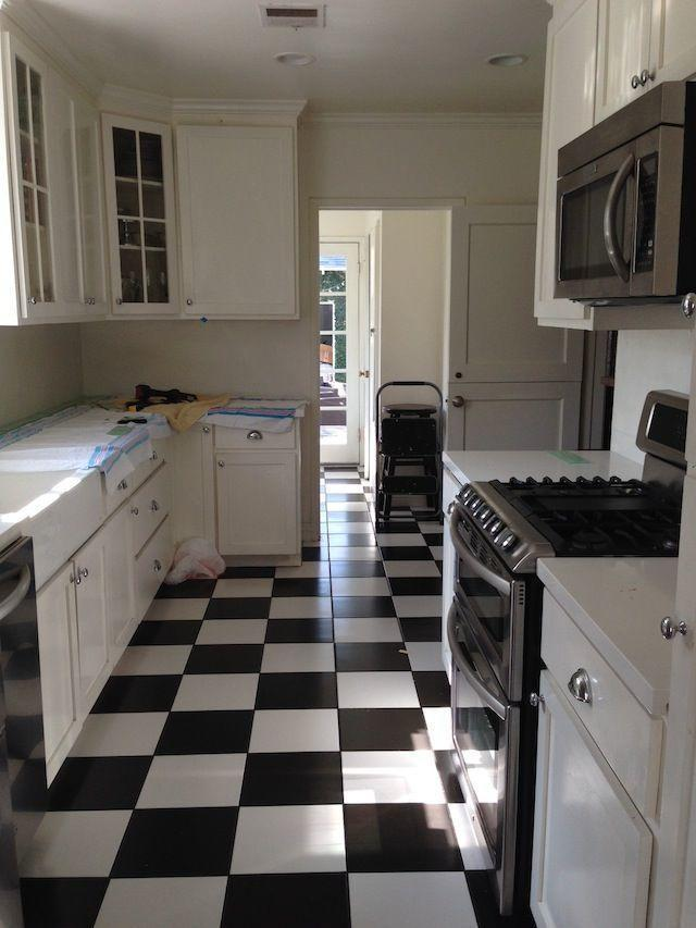 "<p>This <a href=""https://www.housebeautiful.com/design-inspiration/home-makeovers/a4318/small-changes-kitchen-makeover/"" rel=""nofollow noopener"" target=""_blank"" data-ylk=""slk:blogger"" class=""link rapid-noclick-resp"">blogger</a> admits there was nothing ""wrong"" with this kitchen, but she just didn't feel like it embodied her personal style.</p>"