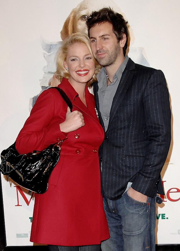 """<a href=""""http://movies.yahoo.com/movie/contributor/1800018759"""">Katherine Heigl</a> and husband Josh Kelley at the Los Angeles premiere of <a href=""""http://movies.yahoo.com/movie/1809995057/info"""">Marley & Me</a> - 12/11/2008"""