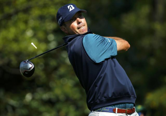 U.S. golfer Matt Kuchar tees off on the seventh hole during the second round of the Masters golf tournament at the Augusta National Golf Club in Augusta, Georgia April 11, 2014. REUTERS/Mike Blake (UNITED STATES - Tags: SPORT GOLF)
