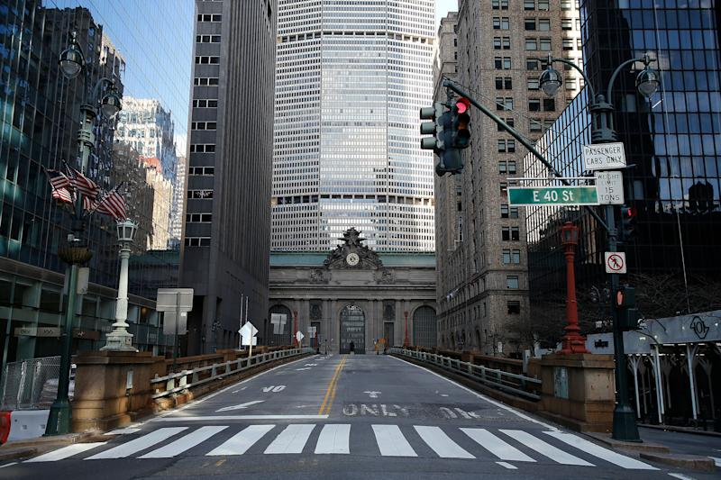Park Avenue e Grand Central em tempos de coronavírus. (Photo: John Lamparski via Getty Images)