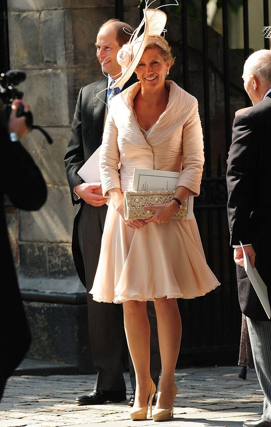 <p>Sophie, Countess of Wessex in all blush at the wedding of Zara Phillips and Mike Tindall.</p>