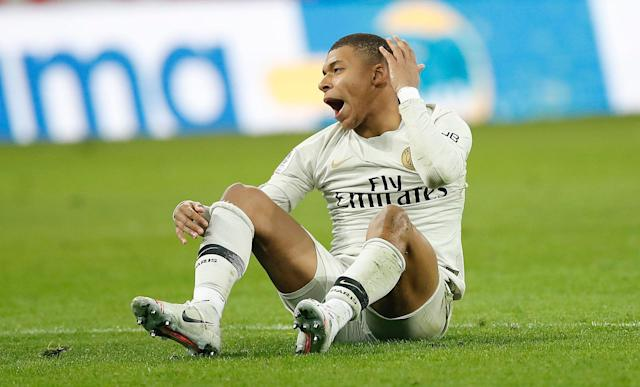 Mbappé durante a derrota do PSG para o Lille (AP Photo/Christophe Ena)