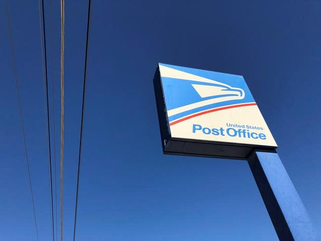 U.S. postal treaty exit would hurt Canadian e-commerce businesses