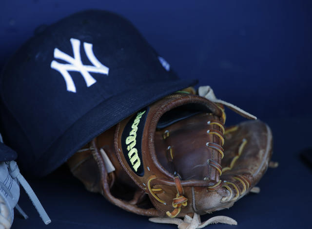 For the past three years, the Yankees have been sending flowers for every officer killed in the line of duty — not just in New York, but across the country. (Photo by Rich Schultz/Getty Images)