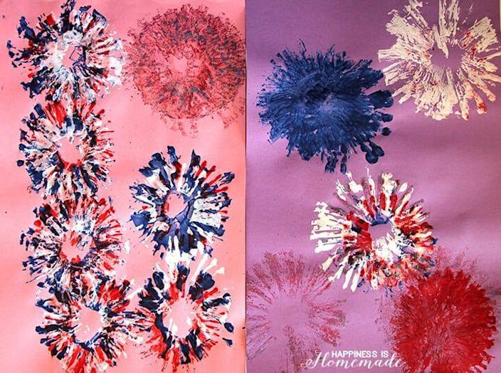 """<p>This simple fireworks painting craft is perfect for little ones, as it requires just a few tools and very little adult supervision. </p><p><strong><em>Get the tutorial from <a href=""""https://www.happinessishomemade.net/4th-of-july-kids-craft-painting-fireworks/"""" rel=""""nofollow noopener"""" target=""""_blank"""" data-ylk=""""slk:Happiness Is Homemade"""" class=""""link rapid-noclick-resp"""">Happiness Is Homemade</a>.</em></strong></p>"""