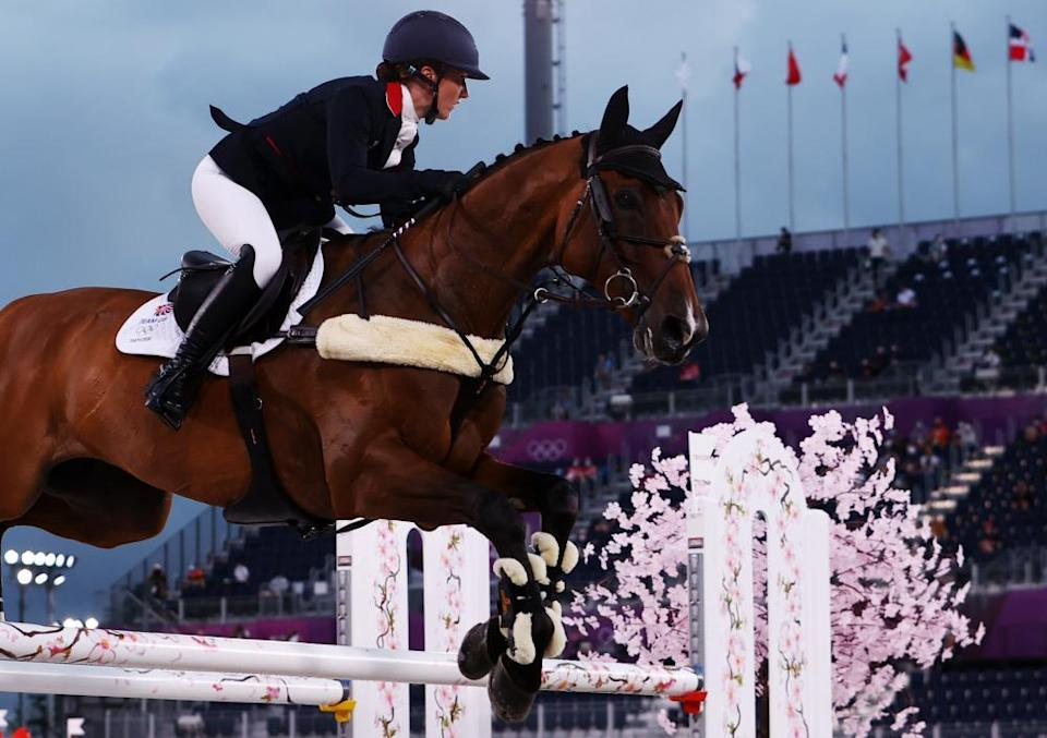 Laura Collett of Britain on her horse London 52.