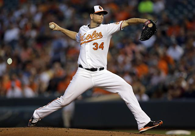 Baltimore Orioles starting pitcher Scott Feldman throws to the New York Yankees in the first inning of a baseball game, Wednesday, Sept. 11, 2013, in Baltimore. (AP Photo/Patrick Semansky)