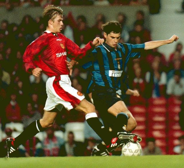 Ivan Zamorano playing for Inter Milan against Manchester United