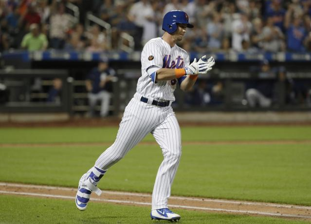 "<a class=""link rapid-noclick-resp"" href=""/mlb/teams/nym"" data-ylk=""slk:New York Mets"">New York Mets</a>' Jeff McNeil could provide a fantasy boost down the stretch. (AP Photo/Frank Franklin II)"