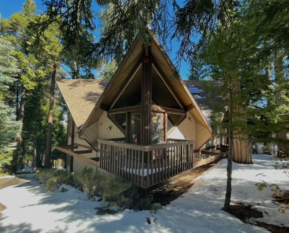 """<h2>Lake Arrowhead, California</h2><br><strong>Location:</strong> Orchard Creek, CA<br><strong>Sleeps:</strong> 6<br><strong>Price Per Night:</strong> <a href=""""https://airbnb.pvxt.net/qnWRDn"""" rel=""""nofollow noopener"""" target=""""_blank"""" data-ylk=""""slk:$194"""" class=""""link rapid-noclick-resp"""">$194</a><br><br>""""Mountain cabin nestled in trees. Cabin design offers unique jetting beams, tall peak windows offering view of trees and sun light...Lots of character with wood ceilings, and barnwood flooring. Rustic. Large upper deck jetting off the house corner offering trees on four sides — private treehouse feeling with table and gas barbecue.""""<br><br><h3>Book <a href=""""https://airbnb.pvxt.net/qnWRDn"""" rel=""""nofollow noopener"""" target=""""_blank"""" data-ylk=""""slk:Cozy Western Tree House"""" class=""""link rapid-noclick-resp"""">Cozy Western Tree House</a></h3>"""