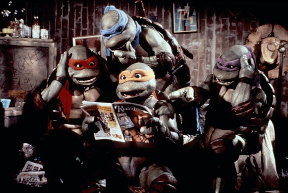 The four Turtles hang out between battles in 'TMNT 2: The Secret of the Ooze' (Photo: New Line Cinema/Courtesy Everett Collection)
