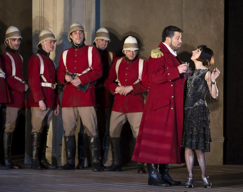 "In this March 26, 2013 photo provided by the Metropolitan Opera, Natalie Dessay as Cleopatra, right, and David Daniels as Julius Caesar, second from right, perform during a rehearsal of Handel's ""Giulio Cesare."" (AP Photo/ Metropolitan Opera, Marty Sohl)"