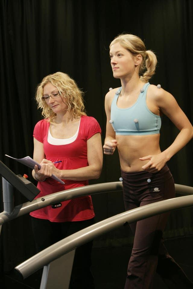 Bras 'failing to offer support for sport'