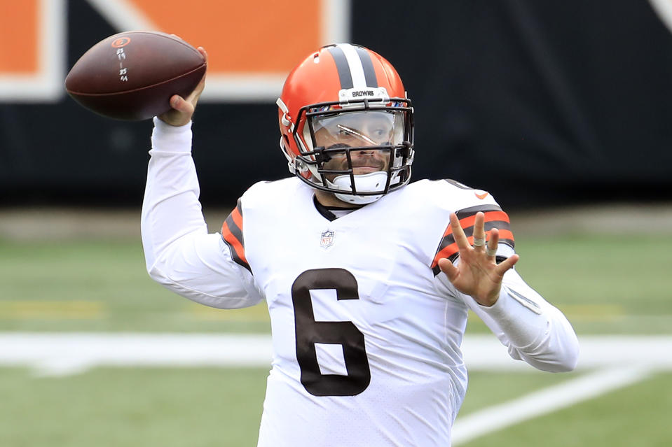 CINCINNATI, OHIO - OCTOBER 25:  Baker Mayfield #6 of the Cleveland Browns attempts a pass against the Cincinnati Bengals during the second half at Paul Brown Stadium on October 25, 2020 in Cincinnati, Ohio. (Photo by Andy Lyons/Getty Images)