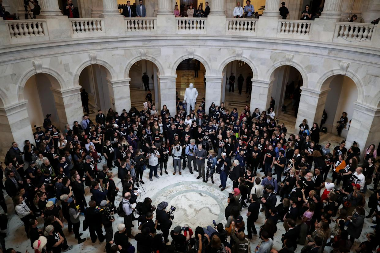 Hundreds of protesters rally in the Russell Senate Office Building rotunda against the confirmation of Kavanaugh to the Supreme Court. (Photo: Chip Somodevilla/Getty Images)