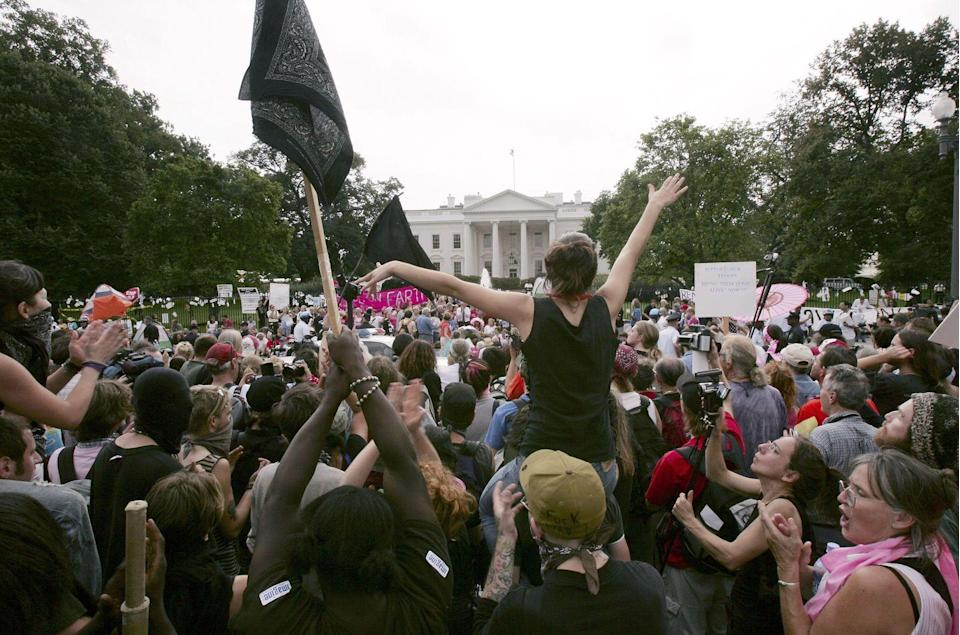 <p>In 2005, demonstrators protested against the Iraq War outside of the White House. The activists were led by Cindy Sheehan, the mother of a soldier killed in Iraq, and called for an end to the war, which, at that point, was going on its second year. </p>